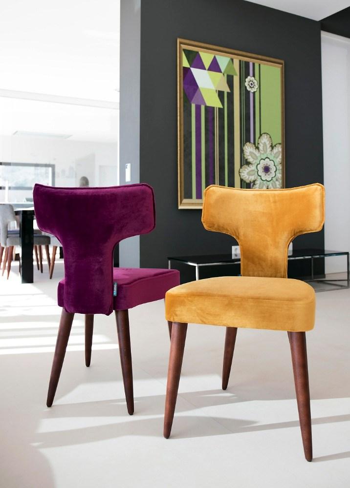 Sillas c modas con el respaldo flexible de fama for Sillas comedor ligeras